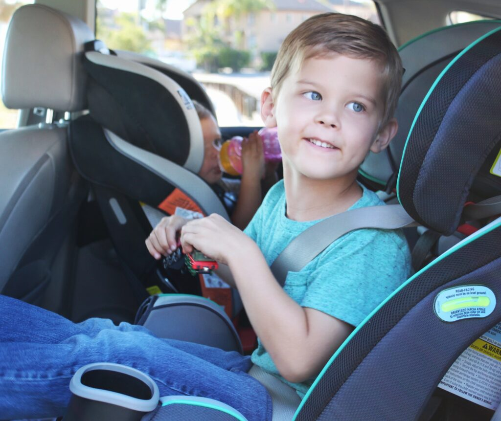 Road Trip with Kids: How to Master a Day in the Car