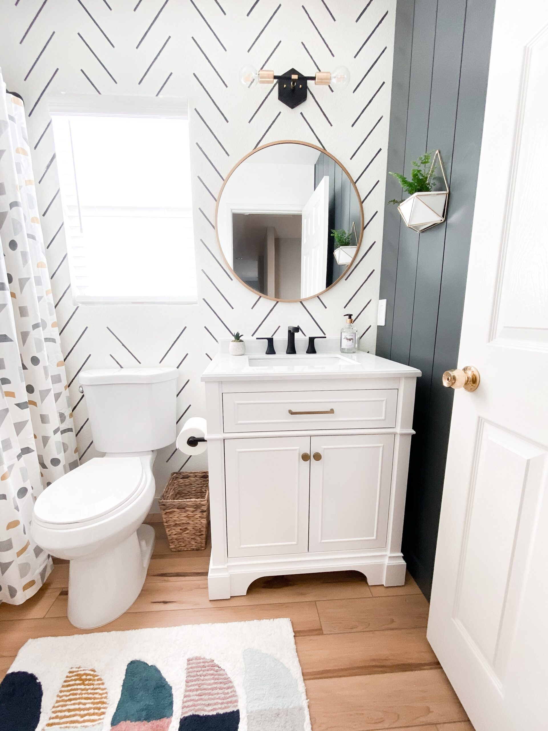 Kid's Bathroom Makeover